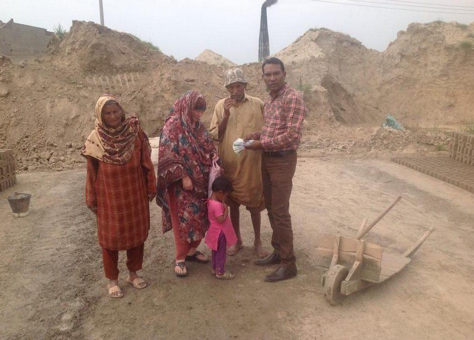 Shan Masih Family – 4 people
