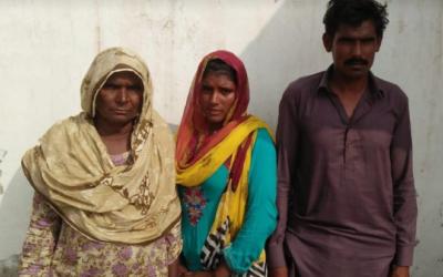 Nayamat family – 3 people – $320 USD